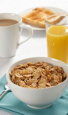 ¿Y si fuese mentira que hay que comer cereales integrales, zumos y cosas por el estilo para bajar el colesterol?